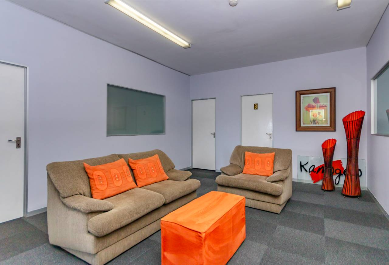 Interior Reception area of premium office space to rent